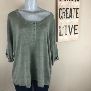 American Eagle Oversized Top